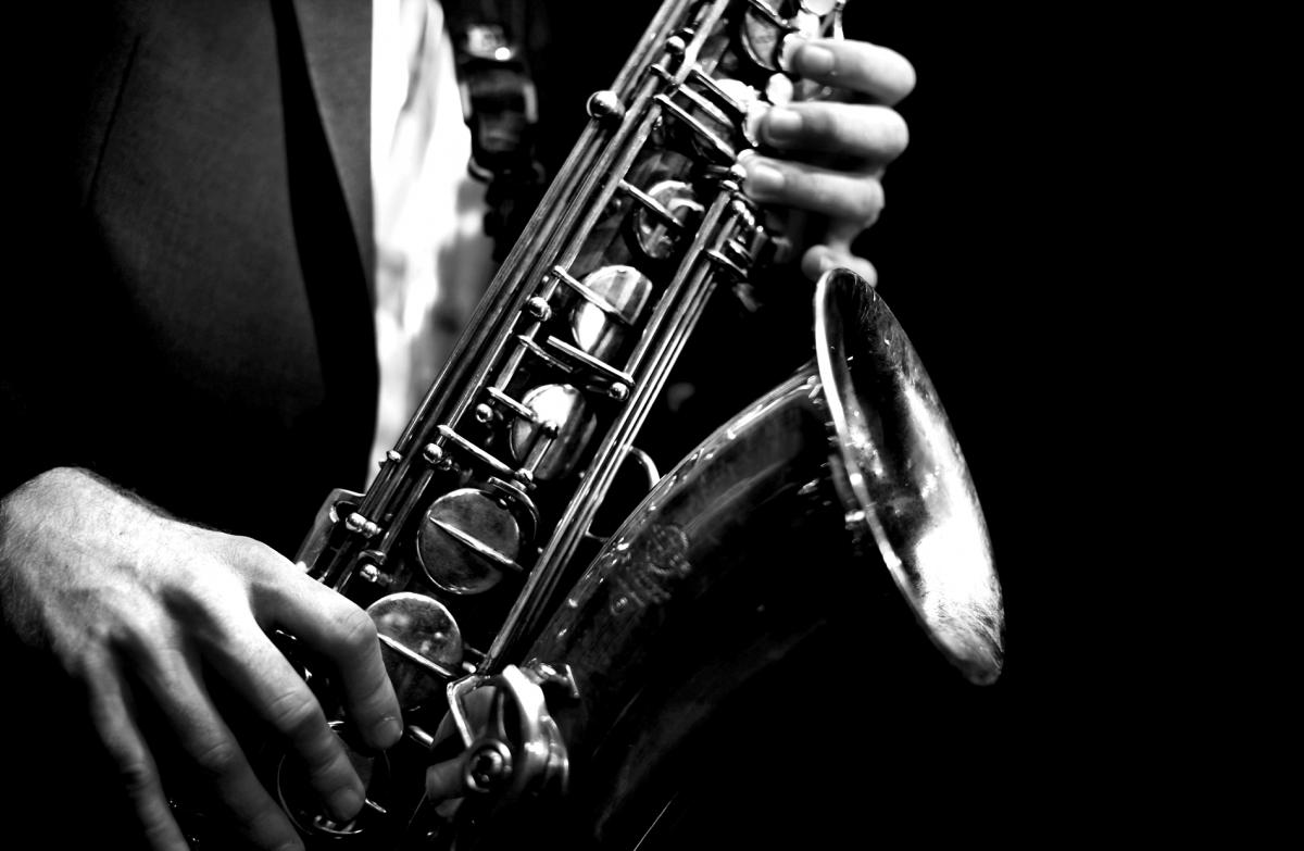 Саксофон блюз слушать 4 фотография